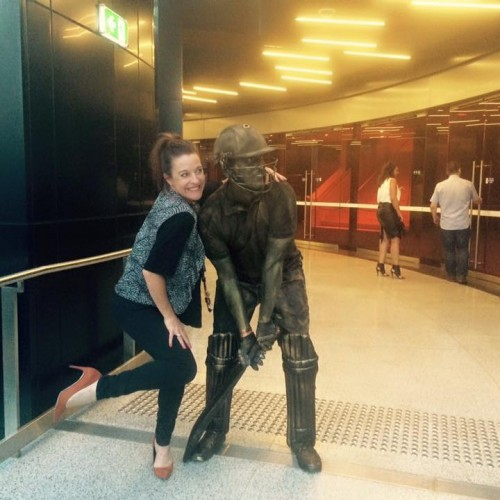 Cricket Human Statue (3) 2